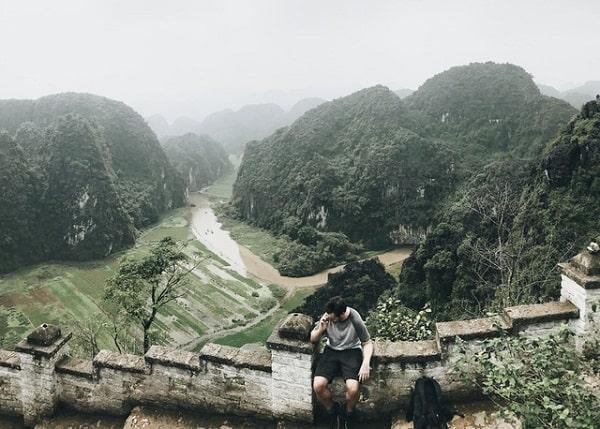 Kinh nghiệm du lịch Hang Múa, Ninh Bình cực đã. Hướng dẫn, cẩm nang, phượt Hang Múa cụ thể đường đi, giá vé, nơi ăn ở cụ thể.