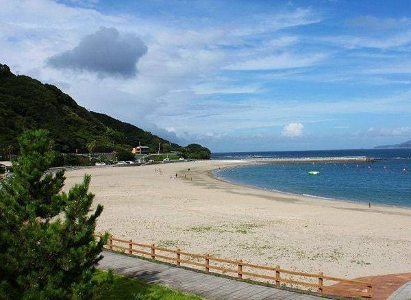 Nhật Bản có bãi biển nào đẹp, độc đáo? Địa chỉ những bãi biển nổi tiếng ở Nhật Bản hiện nay