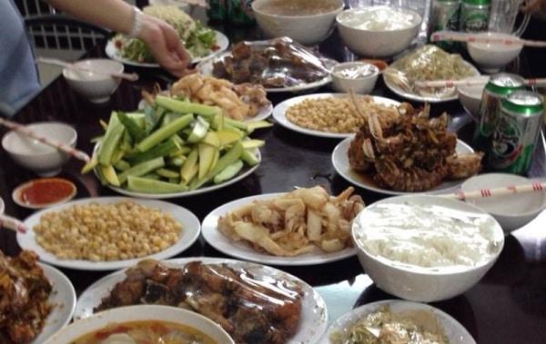 Ăn ở đâu khi du lịch Nghệ An ngon nhất? Địa chỉ nhà hàng, quán ăn ngon, nổi tiếng ở Nghệ An