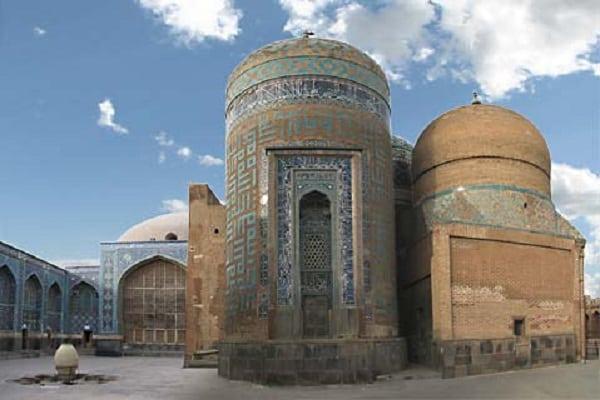 Các điểm du lịch đẹp nổi tiếng ở Iran không thể bỏ qua. Du lịch Iran có gì hay? Các điểm tham quan nổi tiếng ở Iran cực đẹp.
