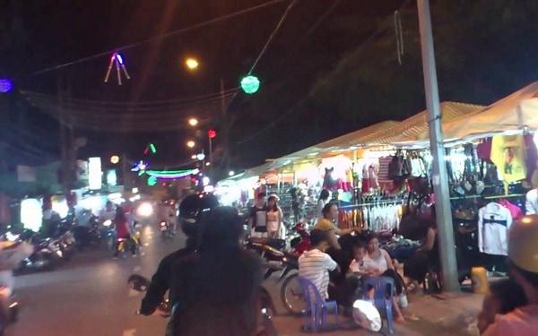 Địa điểm tham quan nổi tiếng ở An Giang: Chơi đâu buổi tối ở An Giang?