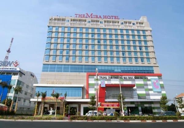 Khách sạn cao cấp, hiện đại, sạch sẽ ở Bình Dương: Du lịch Bình Dương nên ở khách sạn nào?