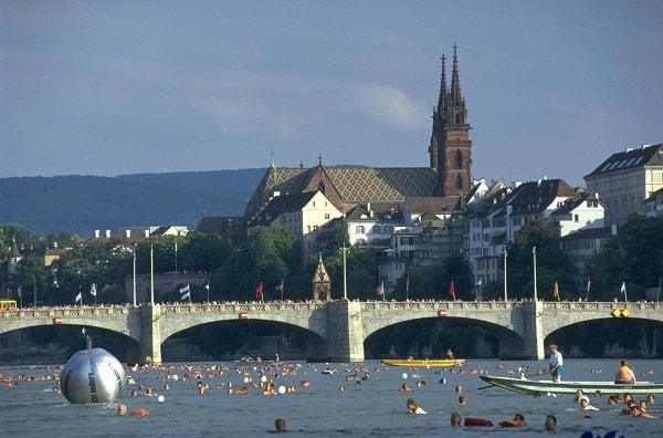 Toàn tập kinh nghiệm du lịch Basel tự túc, tiết kiệm. Hướng dẫn, cẩm nang du lịch Basel đầy đủ đường đi, thời điểm, nơi ăn ở...