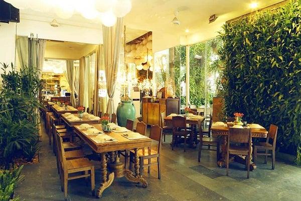 Top nhà hàng cực ngon, cực chất ở Quận 3, Sài Gòn nên ghé. Đang ở Quận 3, Sài Gòn thì đi ăn ở quán nào nổi tiếng? Địa chỉ ăn uống ngon, bổ, rẻ ở Q3.