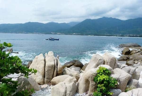 Ninh Thuận có bãi biển nào đẹp? Du lịch biển Ninh Thuận nên đi đâu? Các bãi biển đẹp nhất ở Ninh Thuận