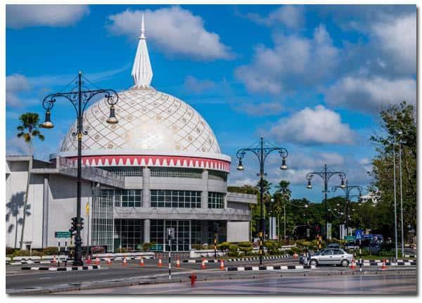 Những điểm du lịch nổi tiếng nhất ở Brunei đẹp nên tới. Du lịch Brunei có gì hay? Các điểm tham quan đẹp nhất ở Brunei.