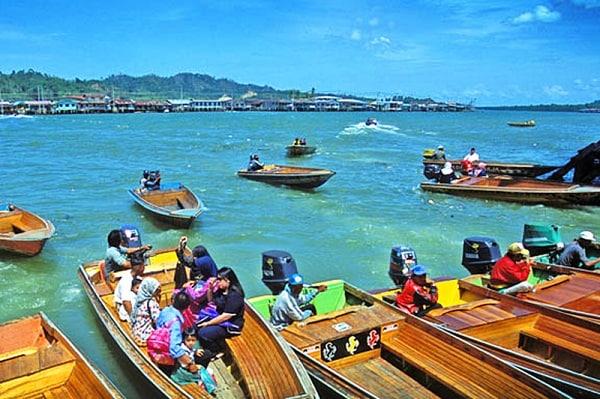 Những điểm du lịch nổi tiếng nhất ở Brunei đẹp nên tới. Du lịch Brunei chơi đâu vui? Các điểm tham quan đẹp nhất ở Brunei.