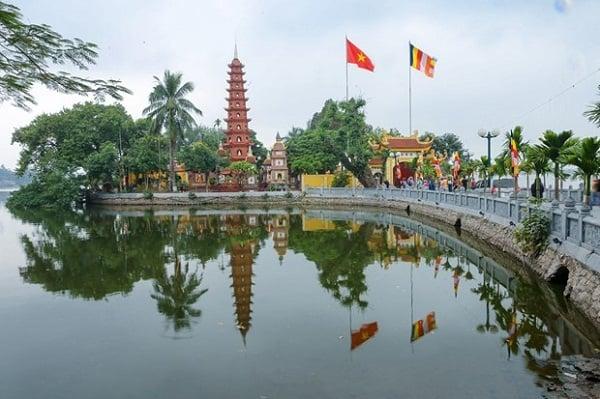 Những ngôi chùa cầu tình duyên nổi tiếng cả nước dịp năm mới. Muốn đi cầu tình duyên nên tới chùa nào linh thiêng có tiếng.