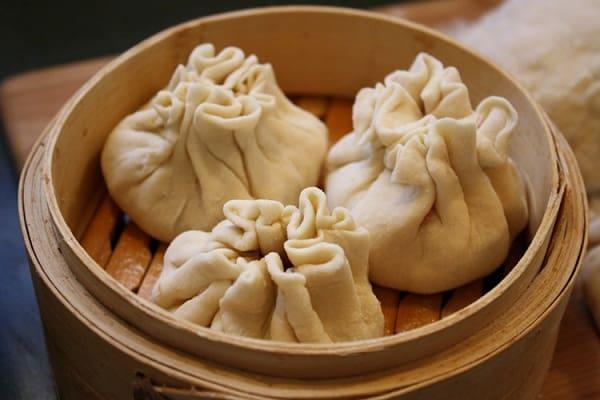 Những món ăn nổi tiếng của Mông Cổ - Đặc sản Mông Cổ. Du lịch Mông Cổ nên ăn gì? Những món ăn truyền thống ở Mông Cổ.