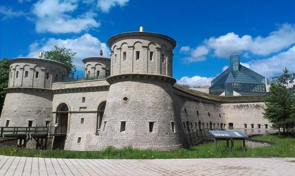 Những điểm du lịch nổi tiếng nhất ở Luxembourg đẹp nên ghé. Du lịch Luxembourg nên đi đâu chơi? Điểm tham quan Luxembourg.