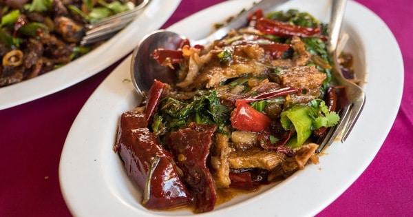 Những món ăn ngon nổi tiếng ở Bhutan - Đặc sản Bhutan. Du lịch Bhutan nên ăn gì? Các món ăn truyền thống phổ biến ở Bhutan nên thử