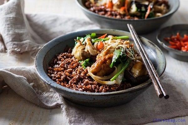 Du lịch Bhutan nên ăn đặc sản gì? Những món ăn ngon nổi tiếng ở Bhutan - Đặc sản Bhutan. Du lịch Bhutan nên ăn gì? Các món ăn truyền thống phổ biến ở Bhutan nên thử