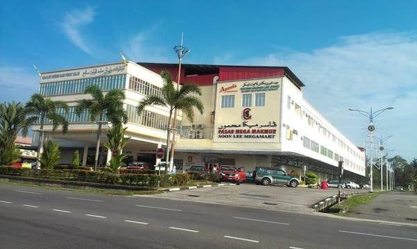 Kinh nghiệm mua sắm ở Brunei địa chỉ kèm mặt hàng. Địa chỉ mua sắm nào nổi tiếng ở Brunei? đặc trưng rẻ đẹp chất lượng.