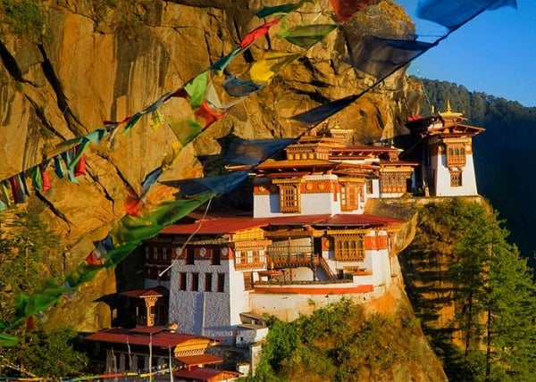 Du lịch Bhutan mùa nào đẹp? Nên đi du lịch Bhutan tháng mấy? Du lịch Bhutan mùa hè có đẹp không?