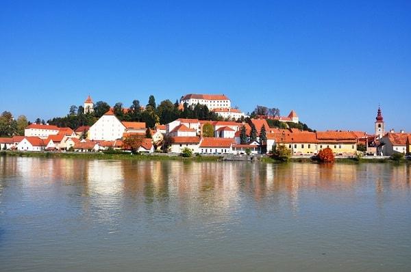 Những địa điểm du lịch nổi tiếng nhất ở Slovenia đẹp khó cưỡng. Du lịch Slovenia có gì hay? Địa điểm tham quan đẹp ở Slovenia.