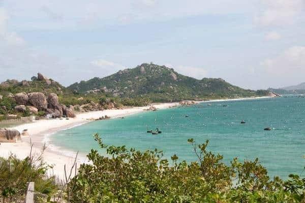 Các điểm đến tuyệt đẹp ở đảo Bình Hưng bạn không thể bỏ qua. Du lịch Bình Hưng có gì hay? những điểm tham quan nên ghé ở Bình Hưng