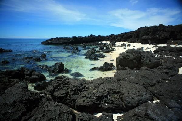 Kinh nghiệm phượt Bãi Đá Đen, Đà Nẵng cực đã đầu hè. Hướng dẫn tham quan, du lịch, trải nghiệm ở Bãi Đá Đen Đà Nẵng đường đi, ăn