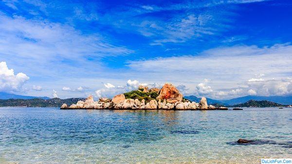 Những bãi biển đẹp, nổi tiếng ở Ninh Thuận: Ninh Thuận có bãi biển nào đẹp?