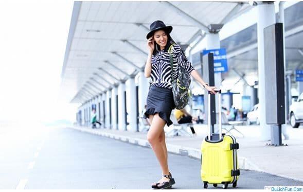 Nên mặc gì đi du lịch Malaysia? Trang phục du lịch Malaysia. Du lịch Malaysia nên mặc trang phục gì, quần áo như thế nào?