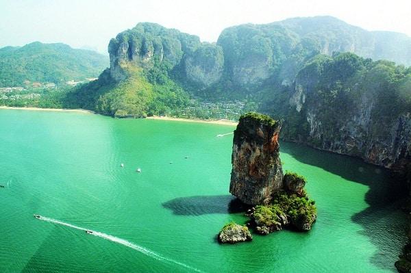 Kinh nghiệm du lịch vịnh Phang Nga - Hạ Long của Thái Lan. Hướng dẫn, cẩm nang tham quan Phang Nga cụ thể đường đi, ăn ở, mua sắm.