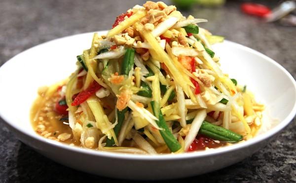 Những món ngon nên thử ở Luang Prabang, Lào rẻ bất ngờ. Du lịch Luang Prabang nên ăn gì ngon, rẻ, hấp dẫn? Ẩm thực Luang Prabang.