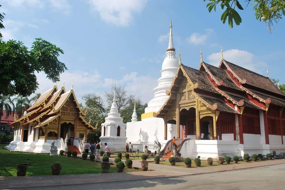 Những ngôi chùa nổi tiếng nhất ở Chiang Mai Thái Lan nên ghé. Du lịch Chiang Mai nên ghé thăm ngôi chùa nào đẹp, lộng lẫy.