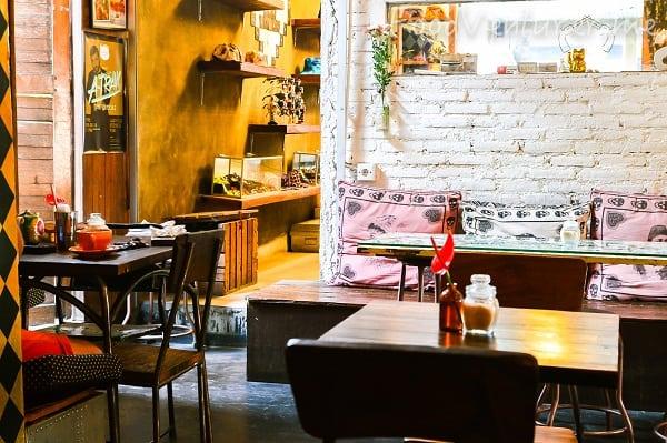 Các quán cafe view đẹp nhất ở Bali nên tới kèm đồ uống ngon. Địa chỉ uống cafe ngon, nổi tiếng ở Bali