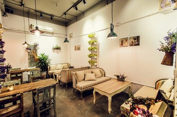 Các quán cafe view đẹp nhất ở Bali nên tới kèm đồ uống ngon. Du lịch Bali nên uống cafe ở đâu?