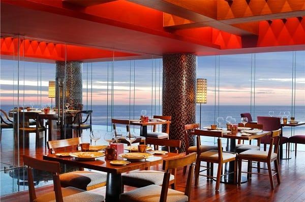 Các quán cafe view đẹp nhất ở Bali nên tới kèm đồ uống ngon. Địa chỉ những quán cafe nổi tiếng ở đảo Bali