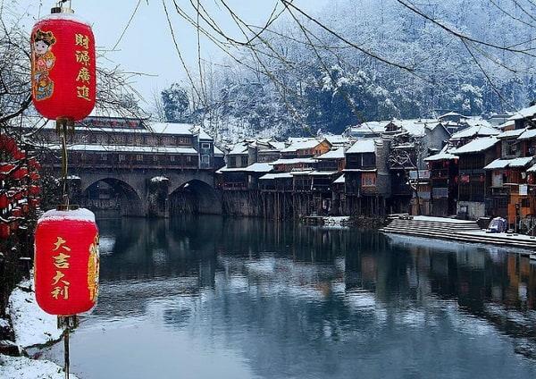 Du lịch Phượng Hoàng Cổ Trấn mùa nào đẹp, lý tưởng nhất?