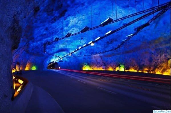Địa điểm du lịch nổi tiếng nhất Na Uy: Nên đi đâu chơi khi du lịch Na Uy. Địa điểm tham quan đẹp ở Na Uy