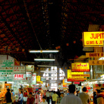 Các khu chợ sầm uất nhất ở Yangon, Myanmar. Kinh nghiệm mua sắm ở Yangon? Các địa chỉ mua sắm đông vui, náo nhiệt ở Yangon nên ghé