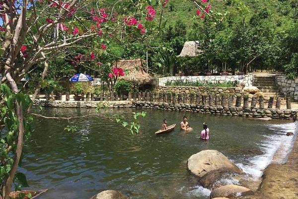 Kinh nghiệm đi khu du lịch sinh thái Lái Thiêu Đà Nẵng. Hướng dẫn, cẩm nang đi khu du lịch sinh thái Lái Thiêu Đà Nẵng đường đi...
