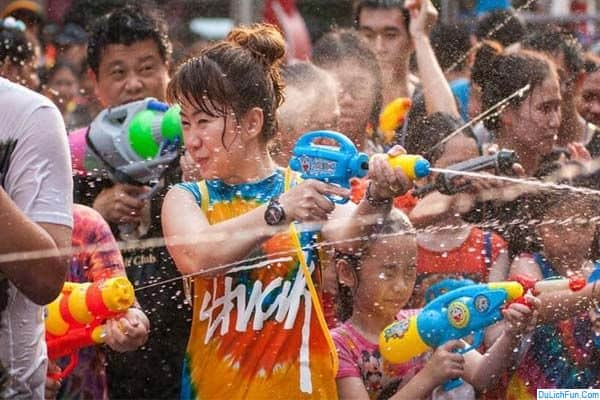 Kinh nghiệm du lịch lễ hội té nước Thái Lan an toàn, vui vẻ: Thời gian, địa điểm và những hoạt động thú vị nhất, lưu ý chung