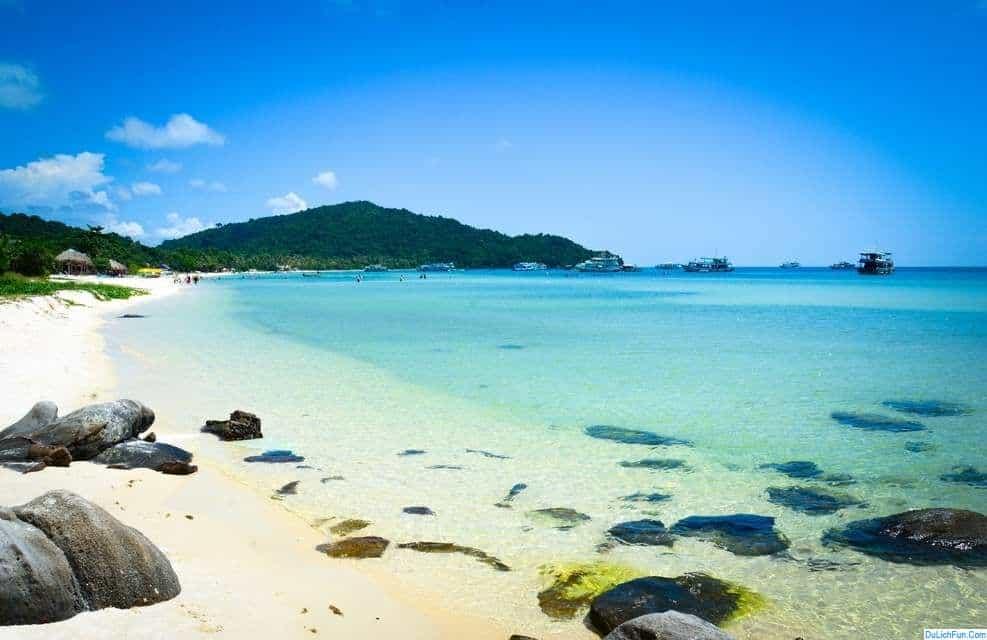 Những bãi biển đẹp nhất Việt Nam cho bạn lựa chọn. Các bãi biển đẹp, sạch sẽ, đông vui, nổi tiếng ở Việt Nam để tham khảo du lịch