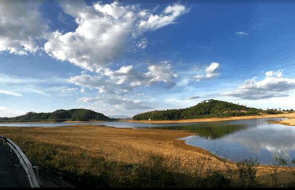 Kinh nghiệm du lịch Hà Tĩnh. Địa điểm du lịch nổi tiếng ở Hà Tĩnh. Hồ Trại Tiểu