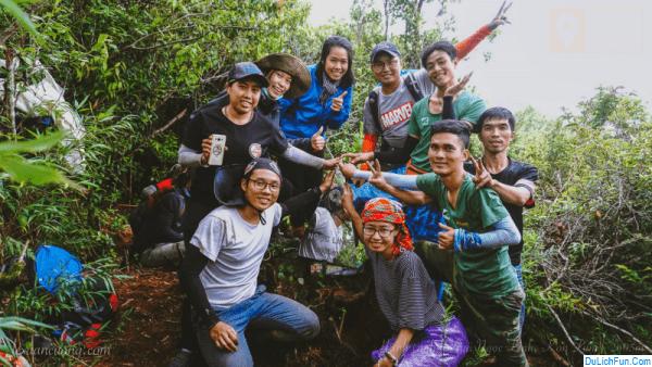 Kinh nghiệm leo núi Ngọc Linh tự túc, an toàn. Hướng dẫn, phượt núi Ngọc Linh cụ thể đường leo, lộ trình, vật dụng cần thiết...