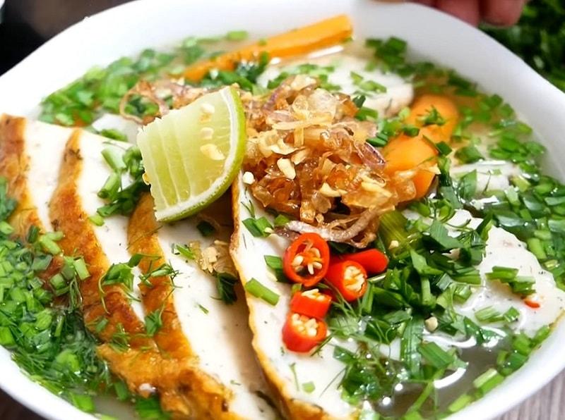 Ăn gì ở Nha Trang, món ăn ngon ở Nha Trang, bánh canh chả cá