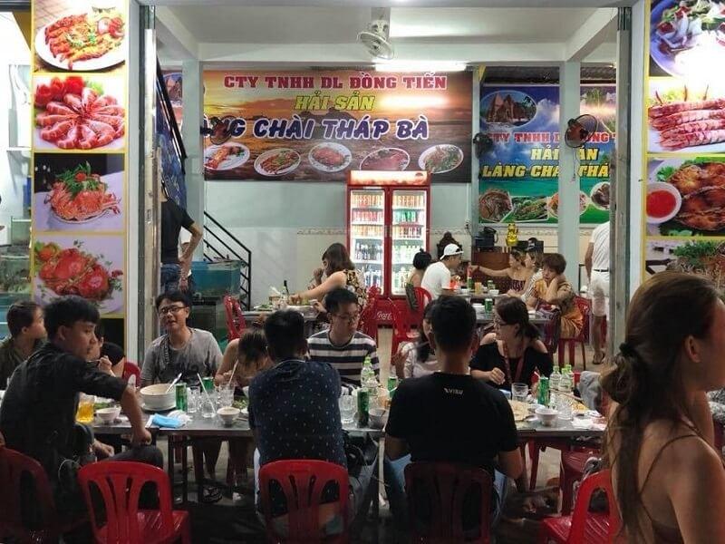 Chi phí ăn uống ở Nha Trang/ Ăn uống ở Nha Trang cần bao nhiêu tiền