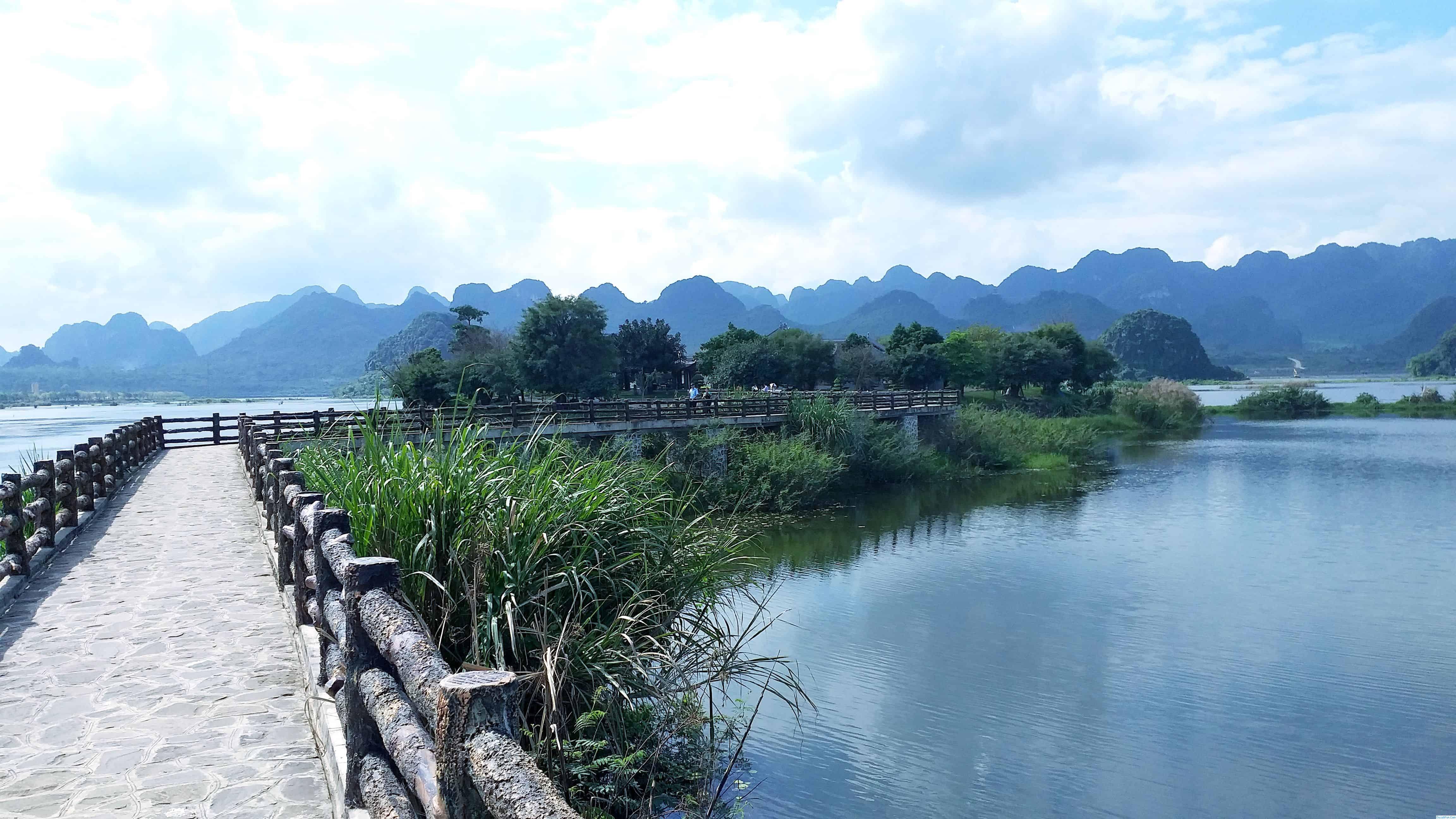 Review du lịch chùa Tam Chúc, Hà Nam tiên cảnh Hạ Long cạn. Hướng dẫn du xuân đầu năm chùa Tam Chúc, Hà Nam đường đi cảnh đẹp..