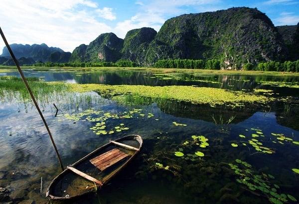 Kinh nghiệm du lịch Ninh Bình. Hướng dẫn tour du lịch Ninh Bình giá rẻ. Đầm Vân Long