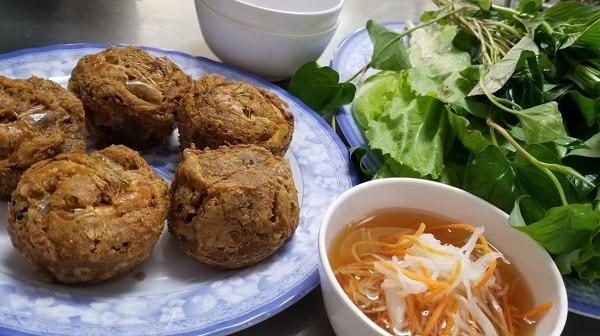 Hướng dẫn du lịch Cần Thơ về ăn uống. Nên ăn gì khi du lịch Cần Thơ? Đặc sản bánh cống