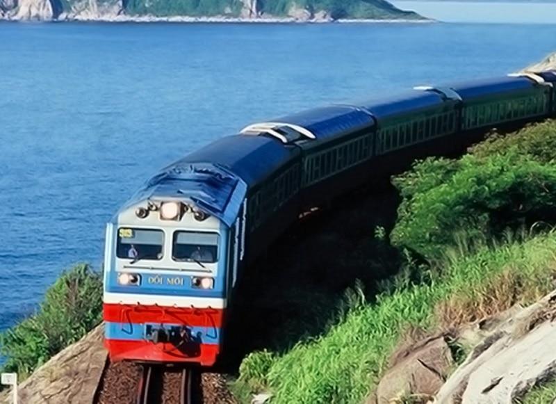 Di chuyển tới Quảng Nam bằng phương tiện gì?