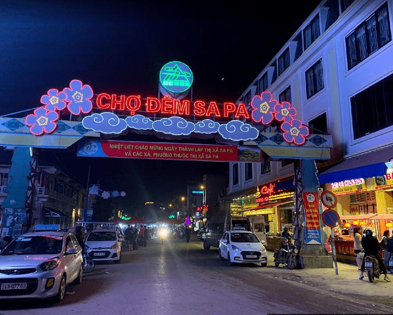 Địa điểm du lịch Sapa về đêm hấp dẫn nhất. Du lịch Sapa nên đi đâu chơi, tham quan? Chợ đêm Sapa