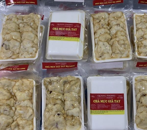 Món ăn đặc sản Quảng Ninh ngon, nổi tiếng. Chả mực giã tay