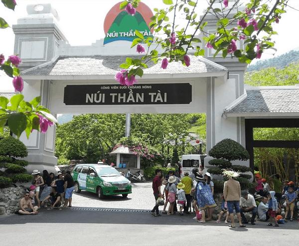 Review núi Thần Tài, Đà Nẵng: Giá vé, đường đi, ăn chơi thú vị. Hướng dẫn, kinh nghiệm du lịch núi Thần Tài mới nhất toàn trò vui.