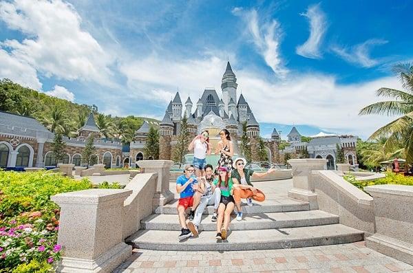 Du lịch 63 tỉnh thành phố ở Việt Nam. Trải nghiệm du lịch Khánh Hòa trong tầm tay