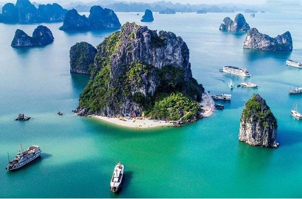 hành tình khám phá du lịch 63 tỉnh thành phố ở Việt Nam. Du lịch Quảng Ninh cực thú vị