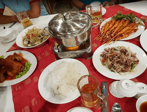 Ăn hải sản ở đâu Mũi Né ngon, bổ, rẻ? Địa chỉ nhà hàng, quán ăn hải sản ngon ở Mũi Né. Nhà hàng Cây Nhãn