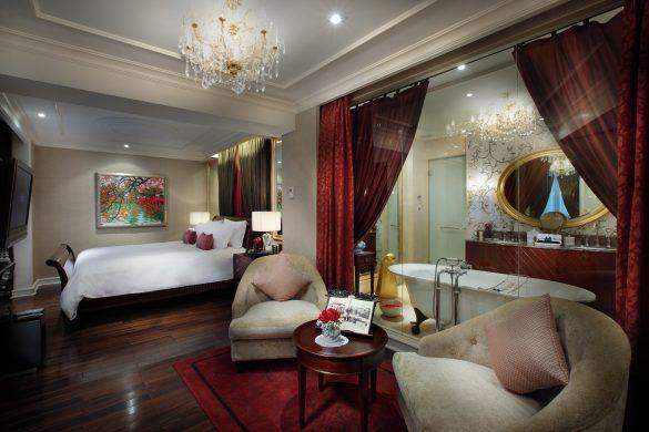 Phòng Grand Prestige – Opera Wing của khách sạn Sofitel Legend Metropole Hà Nội